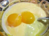 In a medium bowl, dissolve ¼ teaspoon saffron in 1 tablespoon hot water. Add 1 cup yogurt and 2 egg yolks.