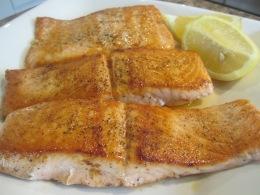 Mahi Azad (Pan-Fried Salmon)